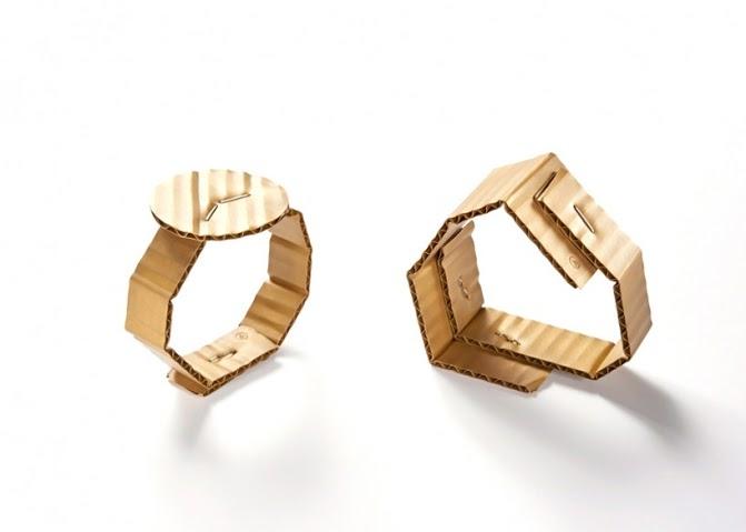 GIOIELLI david-bielander-cardboard-bracelets-foto presa da designboom-500-818x584